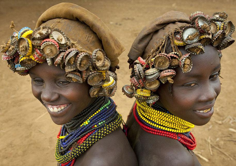 daasanach-tribe-recycled-headwear-eric-lafforgue-ethiopia-l
